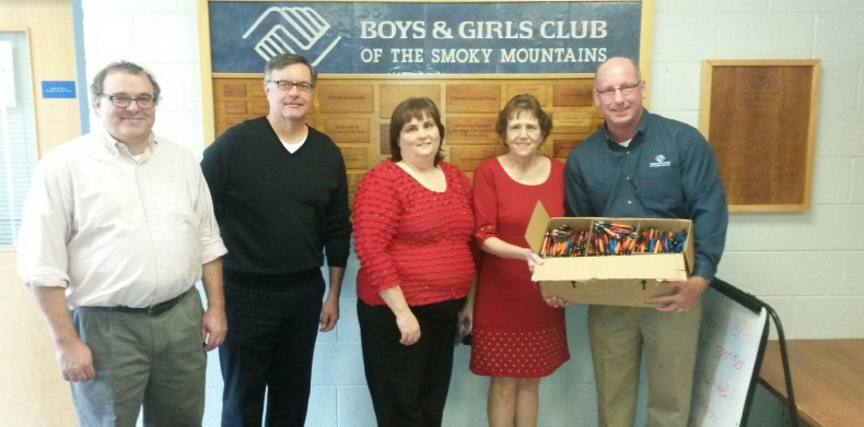 Sevierville Office Donates to Boys & Girls Club!