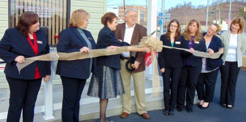 Sevierville Office Ribbon Cutting